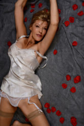 "Amanda - Sensational mature GFE … spontaneously sharing the ""here and now"" moment with YOU!"