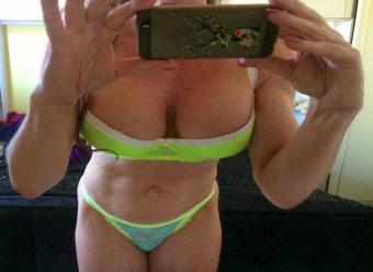 Sophia - hot boobs