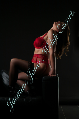 Jasmine Jones - Jasmine Jones Welsh Escort