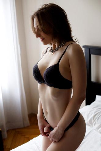 Lea  - grey