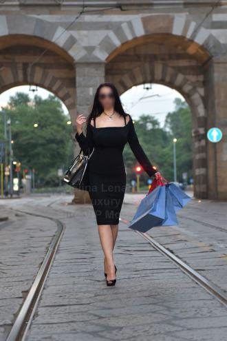 Adelina Lenart  - vip escort milano_elitevipmodel