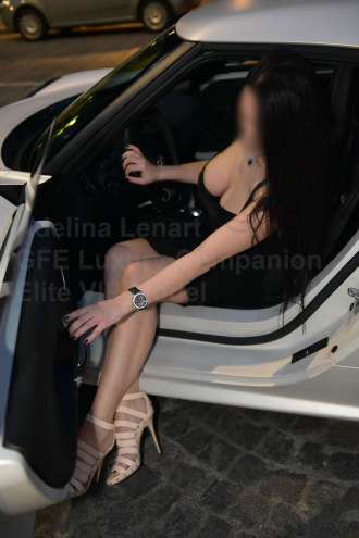Adelina Lenart  - vip luxury courtesan_elitevipmodel