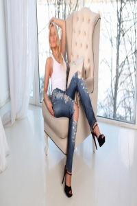 Classy Elena - Independent ClassyElena.com