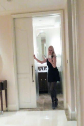 Honey Olga - Selfie in the Lotter hotel Moscow