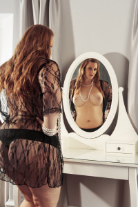 Emma  - Come meet me in Gothenburg or fly me to you!