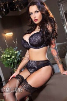 Foxy - London escort - Foxy Extremely Open-Minded PSE XXX