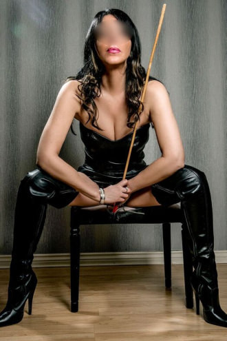 Lady Veronica Bonavich  - Lady V mistress