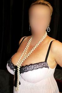 chinese cumbria escorts