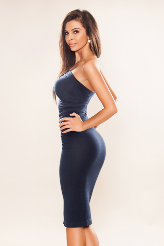 Aysha - Aysha Brunette Brown Eyed Eastern European Escort London