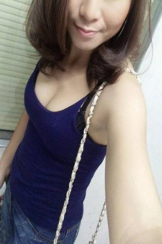 Galla - Casual selfie