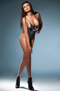 Stella - Brunette London Escort