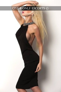 Irina - Blonde Escort in Dusseldorf