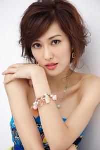 Ah Ping Mature beauty