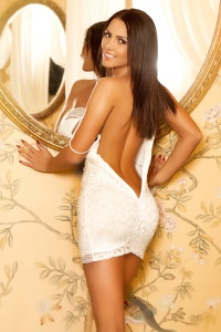 Adele - Beautiful Chelsea Escort
