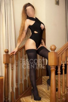 Louise - Leeds escort - Louise - Brunette Leeds Escort