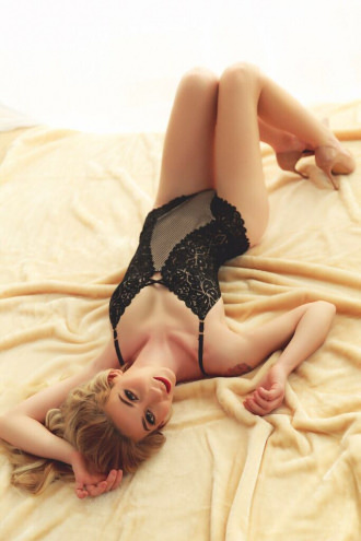 Ailyne - Ailyne - Sexy Central London Escort
