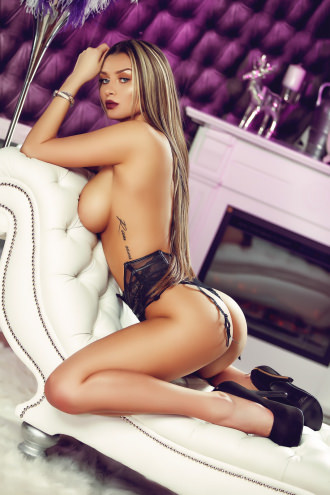 Antonia -  Antonia Sexy Central London Escort