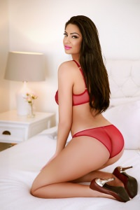 Aaralyn - aaralyn- A stunning Royal Escort
