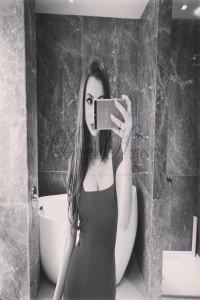 Angela Hayes - Selfie Angela Hayes