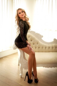 Alma - Alma, blonde London escort