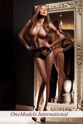 Allegra - Elite Milan Model