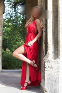 Sara - Sara Escort Barcelona - Long dress