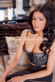 Amilah - London escort - Young Indian beauty