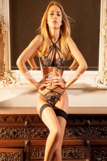 Sophia - London escort - sophia sexy