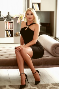 Rich People Escorts - Eve - Eve