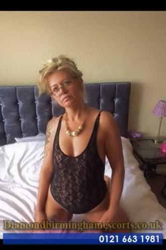 Debbie - Debbie - willing