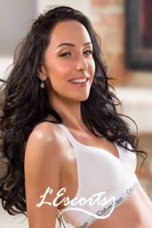 Chrisy - London escort - Chrisy