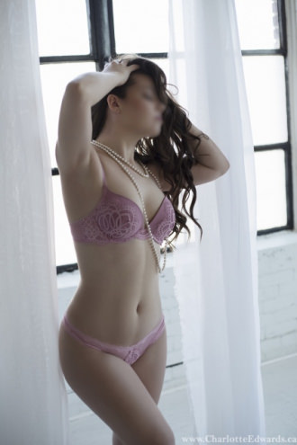 Charlotte Edwards - Charlotte
