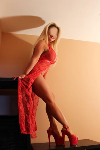 Annalynne - Exotic Annalynne of Manchester
