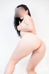 Manto Kinky