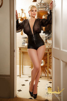 Dolly - Central London escort - Dolly