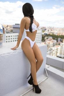Bella Lorenzo - Lisbon escort - Bella Lorenzo