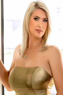 Elle - London escort - Elle
