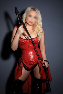 Sal - Earls Court escort - Sal