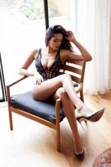Mia - London escort - Mia @BVG