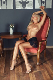 Barbie - London escort - Barbie