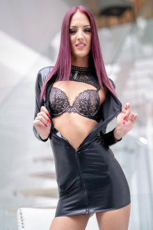 Lyen Parker - London escort - Lyen Parker