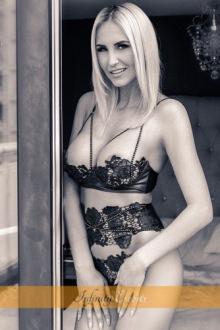 Amanda - London escort - Amanda