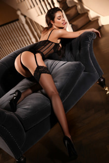 Isabella - London escort - Isabella