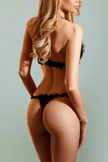 Barbara - Mayfair escort - High end London escort Barbara
