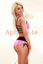 Amberlyn - Amberlyn - Mayfair