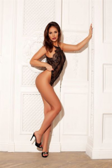 Alexis - Greater London escort - Alexis