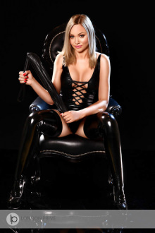 Crystal - London escort - Crystal