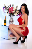 corina young brunette party girl escort greater london - Corina